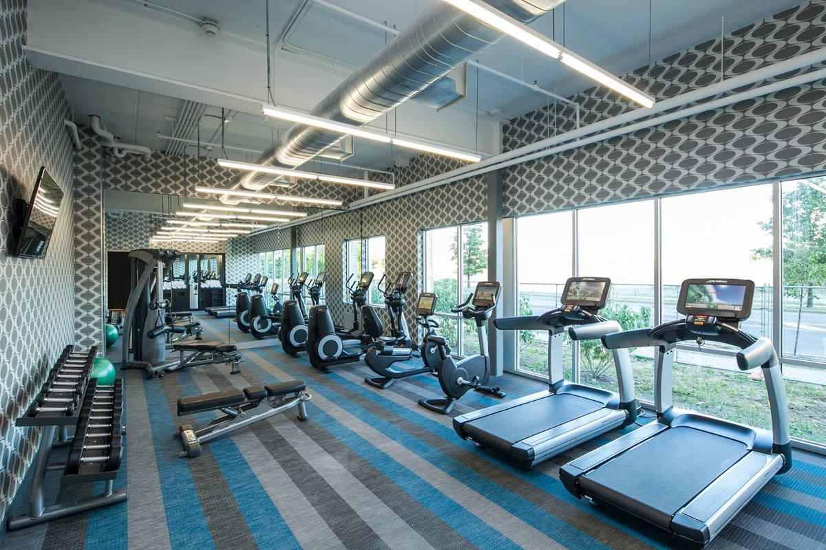 thesyracuseinnerharbor-stay-aloft-hotels-gym